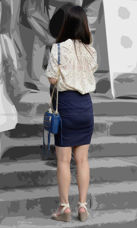vol226-ぴちぴちセクシーラインを見せつけるタイトスカート