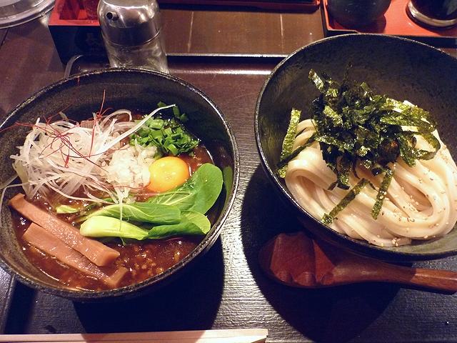 台湾とろみつけ麺