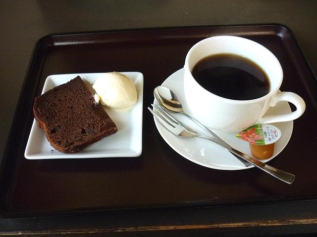 ホットコーヒー(デザート付き)