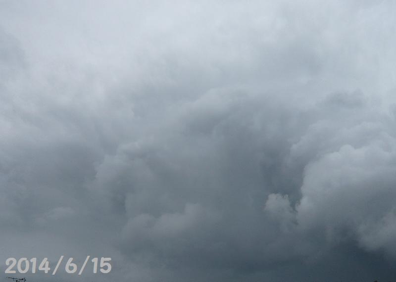 雲26月15日