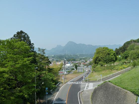 国道18号線松井田バイパスから眺める妙義山