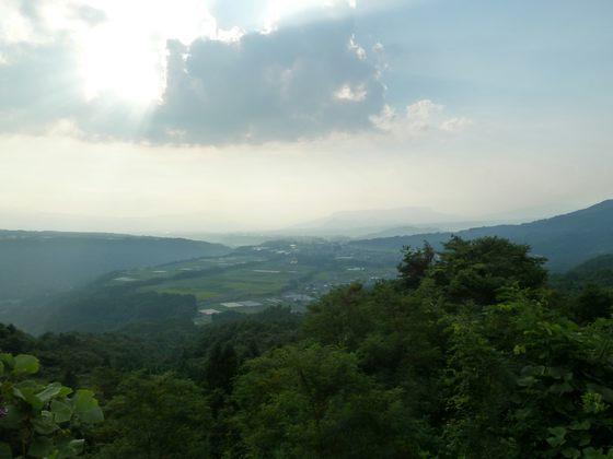 沼田の市街地と吹割の滝の間にある椎坂峠(標高740m)