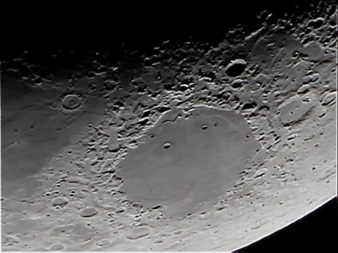 20150124-moon1-regavi.jpg