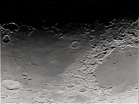 20150124-moon2-regavi.jpg