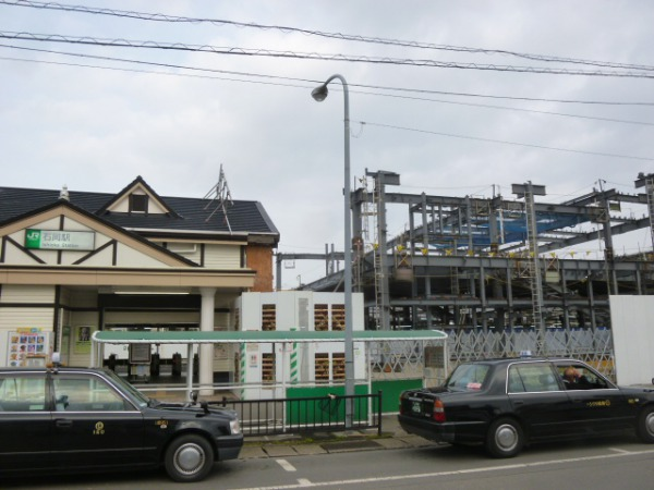 石岡駅舎1