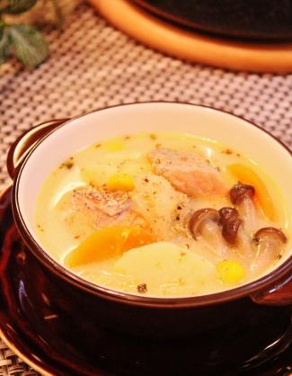 速攻で煮る❀生鮭の簡単クリームスープ❀ (325x418)