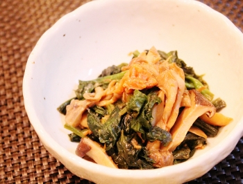 ほうれん草と舞茸の梅バター醤油炒め (350x266)