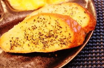 ずっと食べてる オリーブオイルのトースト (350x230)