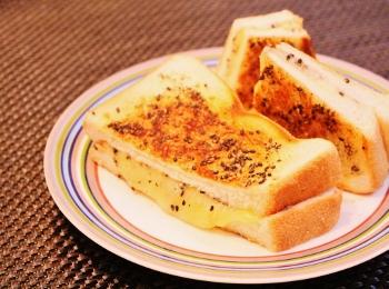 アメリカ☆グリルドチーズサンドイッチ (350x260)