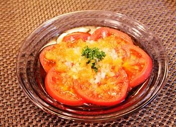 玉ねぎドレッシングで!トマトサラダ (350x253)