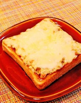 にきけんさんのお好み焼きトースト (273x350)