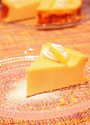 HMで濃厚チーズヨーグルと檸檬ケーキ (301x417)