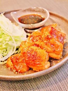鶏もも肉のコンソメ照り焼き (262x350)