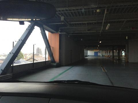 ベルモール 駐車場
