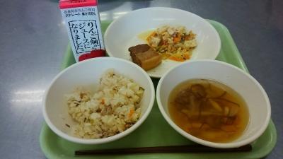 中学の給食試食会