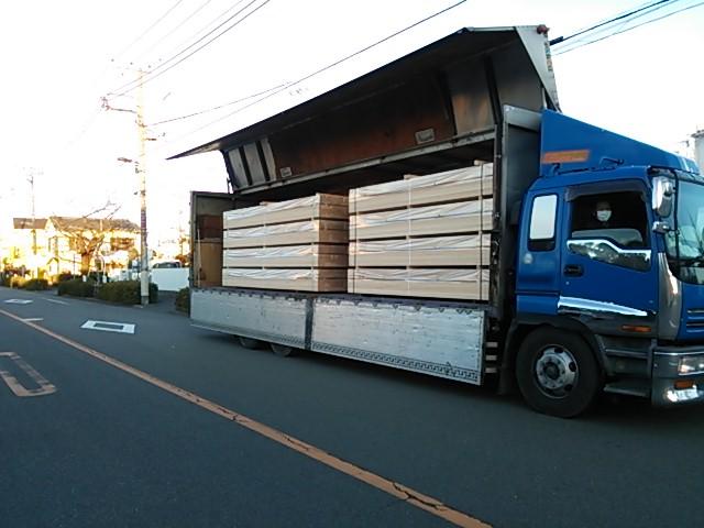 米栂 大型トラック