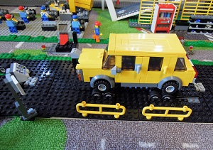 LEGO自動車工場12