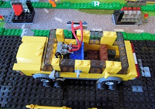 LEGO自動車工場13