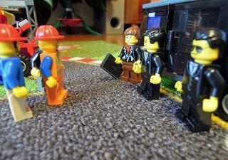 LEGO自動車工場15