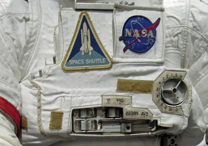 船外宇宙服の操作盤表示