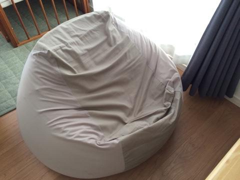 無印良品の「人をダメにするソファ」として有名な「体