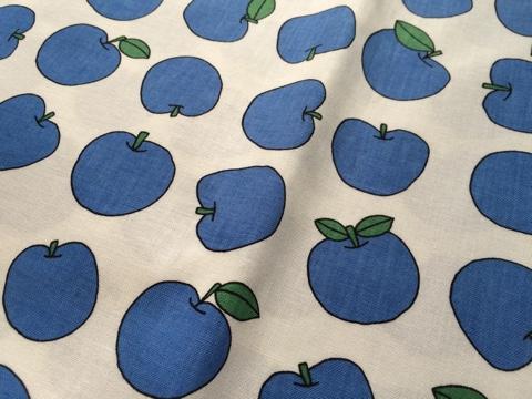 デコレクションズ 新作 フルーツ柄 アップル リンゴ 北欧テイスト 北欧調 北欧風 ファブリック 生地 ハンドメイド 手作り 布 はぎれ ハギレ