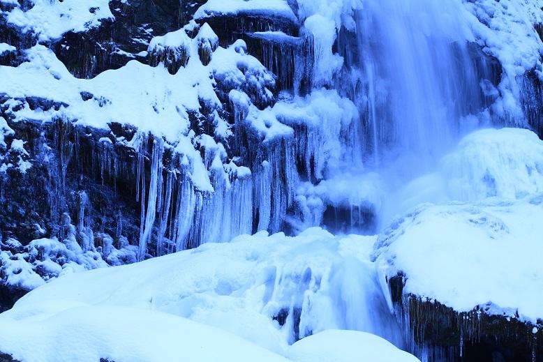 琵琶の滝、12