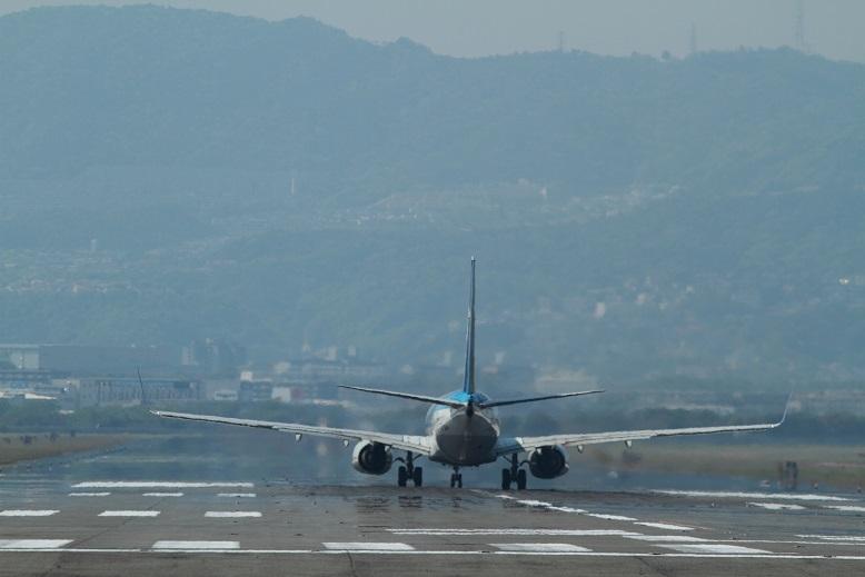 伊丹空港、8