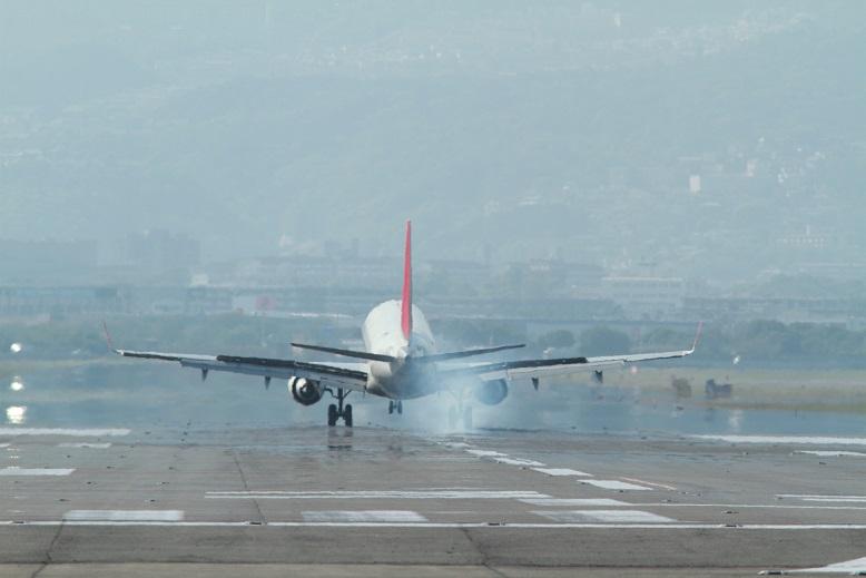 伊丹空港、12