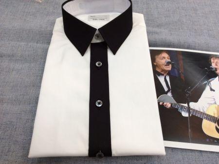 ポールの着ていた襟と前立が黒いオーダーシャツ