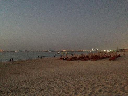 2月 the beach6