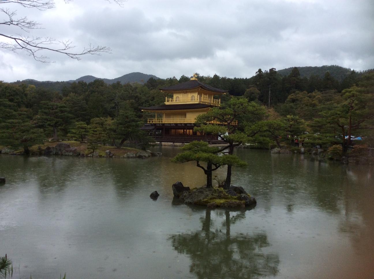 金閣寺正面