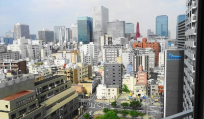 窓辺の風景・梅田方面