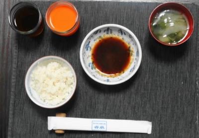 タレ・味噌汁・ご飯
