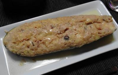 メインディッシュ:ズッキーニの肉味噌詰め ホイル焼き