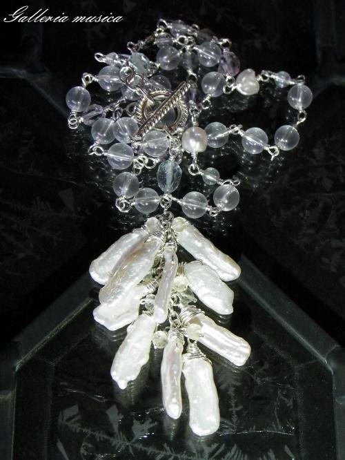 琵琶型淡水真珠のネックレス。5