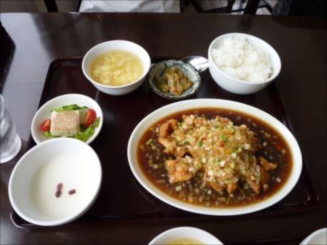 ユーリンチー定食inヒラフ 中華ダイニング ニーズ_R_R