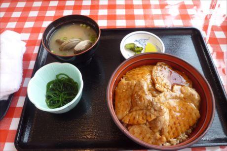 海藻ポークの豚丼in道の駅厚岸グルメパーク (7)_R