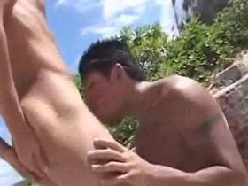 ビーチで健康的な肉体を晒してガチハメファック!!