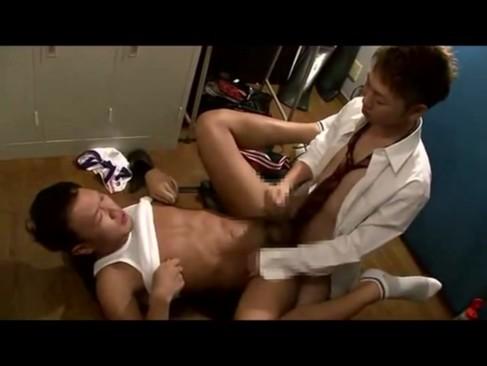 【0251】かわいい学生が制服で先生を誘惑?金を払って背徳セックス