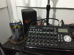 スタジオにビール