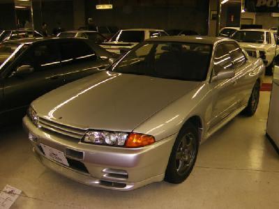 日産 GT-R 次期型は4ドアに これで人を載せて近所の買い物とかも楽々だな