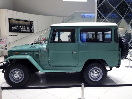 1974-land-cruiser-fj40_03