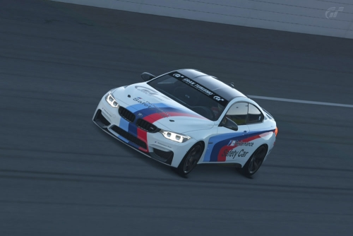 BMW-M4-M-DAYTONA1L_04