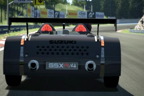 GSX-R4'01-AsiaNC-SL_02