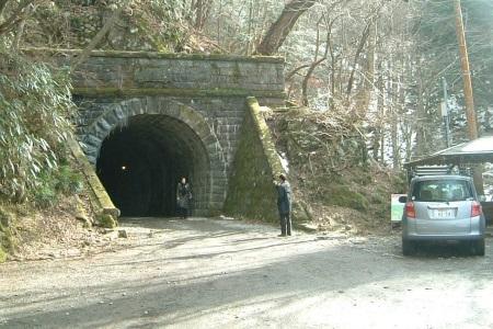天城山隧道08