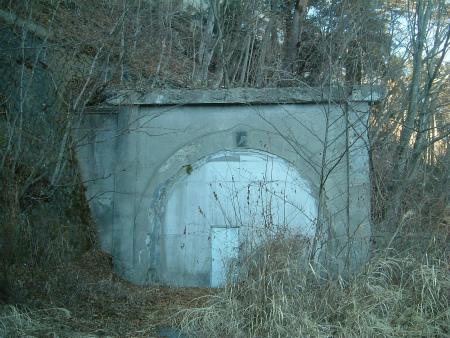 本栖湖の隧道05