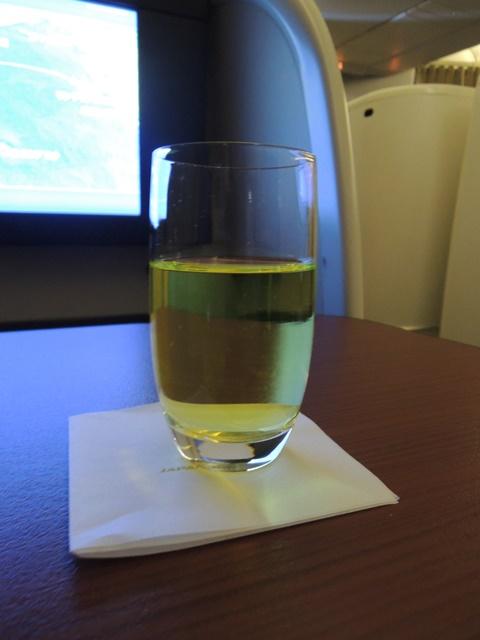 JAL52.jpg