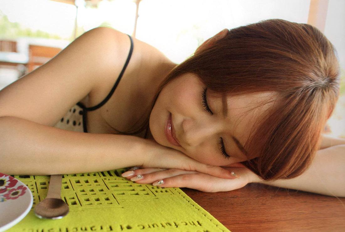 【No.19781】 Rest / 吉沢明歩