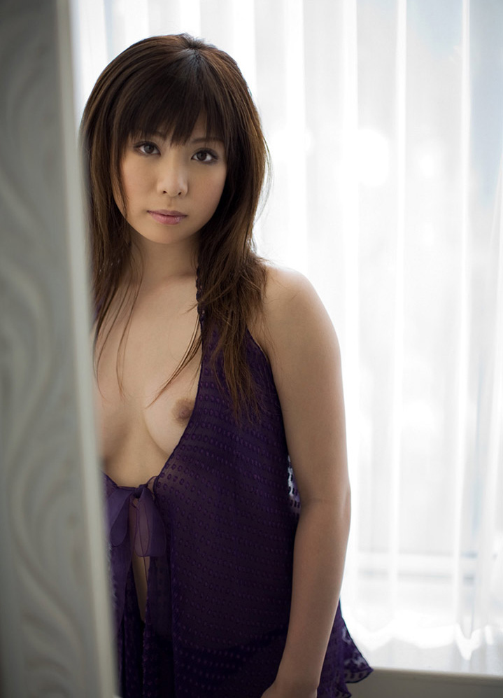 【No.20059】 綺麗なお姉さん / 平井綾